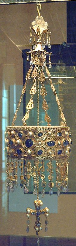Crown from King Recceswinth's time found in Toledo near Guarranzar