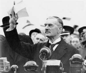 Piece in our time - Neville Chamberlain returning from Munich