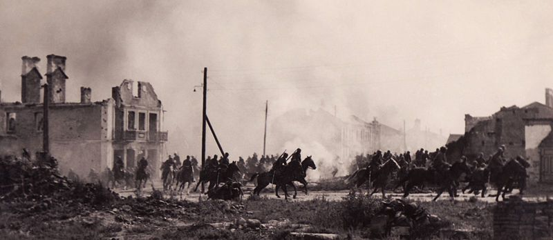 Polish cavalry in Sochaczew 1939.