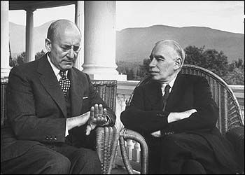 Keynes in conversation with the American Henry Morgenthau during a break in the Bretton Woods conference in 1944