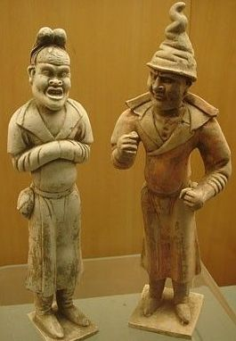 Two small statues depicting foreigners - Tang Dynasty - Gansu Provincial Museum