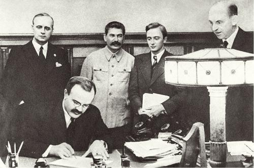 The German-Soviet pact is signed