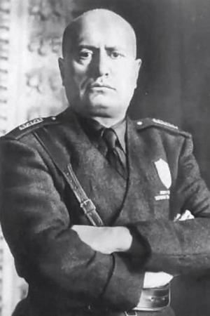 Official photo of Mussolini